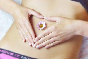 Kobiecy brzuch